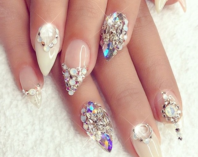 latest-stunning-nail-polish-collection-for-brides-2016-6
