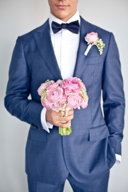 hot-2014-wedding-trend-navy-suits-for-grooms-10