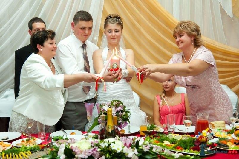 Свадебный обряд зажигания свечей