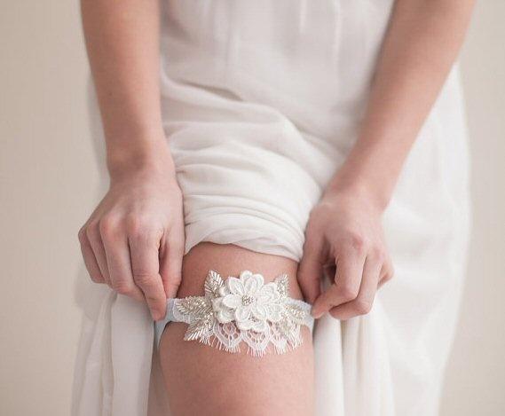 подвязка на свадьбу