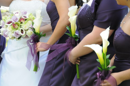 173944-white-calla-lily-bridesmaid-bouquet