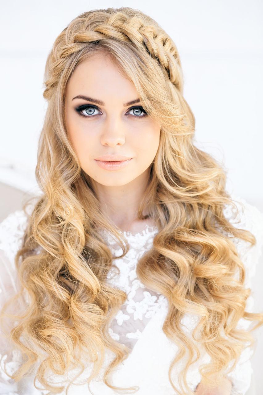 Прически на собраные волосы
