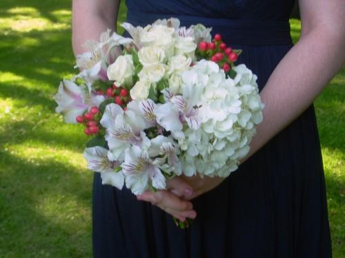 bridesmaids-bouqet-1