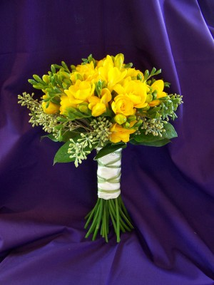 freesia bouquet 1