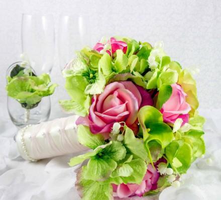 green_pink_bouquet__22043-1357802395-1280-1280