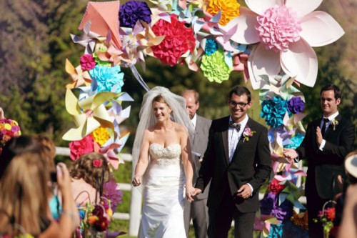 paper-flowers-weddings-incredible