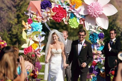 paper-flowers-weddings-incredible