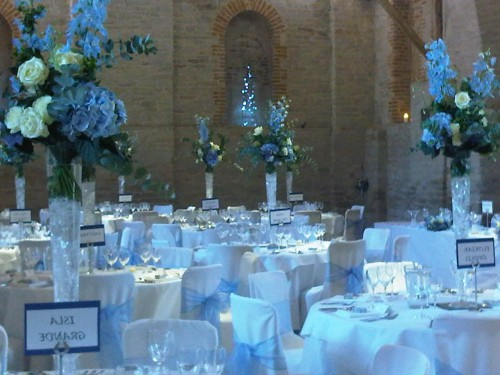tall-table-tops-for-wedding-with-hydrangea-delphinium-556bc75122fa8