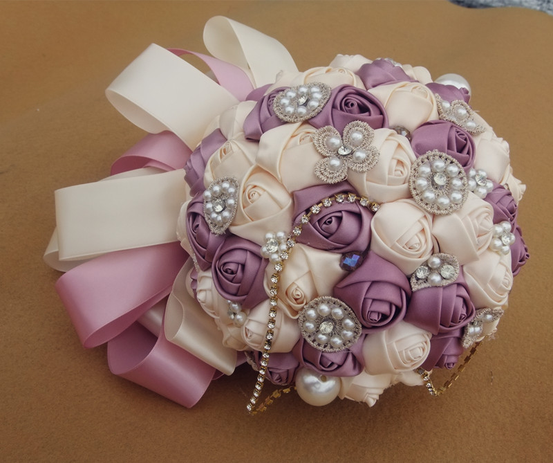 Diy-high-grade-wedding-hand-bouquet-Pearl-Red-and-white-Photo-tool-Silks-satins-flowers-Size