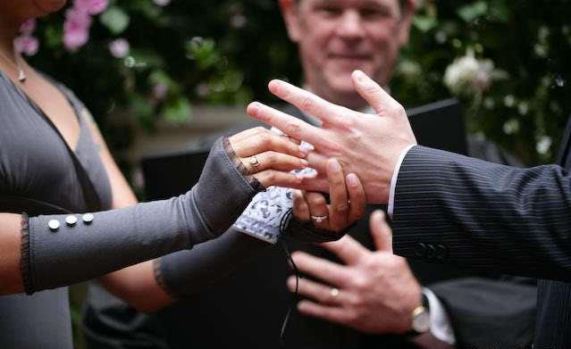 Gray-fingerless-wedding-gloves