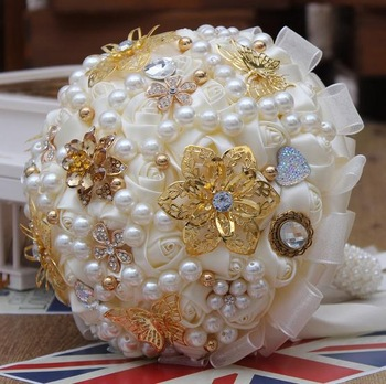 New-Ivory-bridal-wedding-bouquet-gold-butterfly-and-flower-ribbon-lace-pearl-beaded-handle-wedding-brooch.jpg_350x350