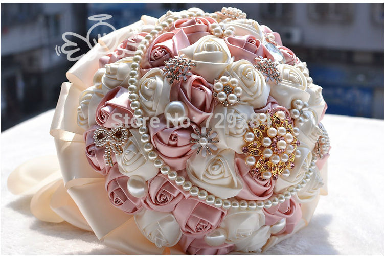 Romantic-Crystal-Bridal-Bouquet-Wedding-Accessory-Colorful-Florals-Pearls-DEcorations-Hand-Flower