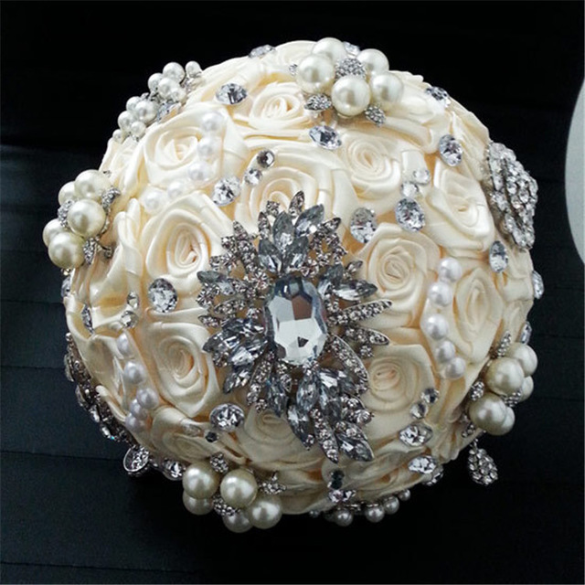 Wedding-Flower-Bridal-Bouquet-Luxurious-Elegant-Brooch-Rhinestone-Crystal-Pearls-DIY-Hand-Flower-Home-Wedding-Party.jpg_640x640