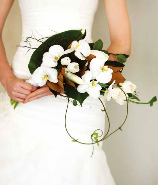 arm-sheaf-bridal-bouquet