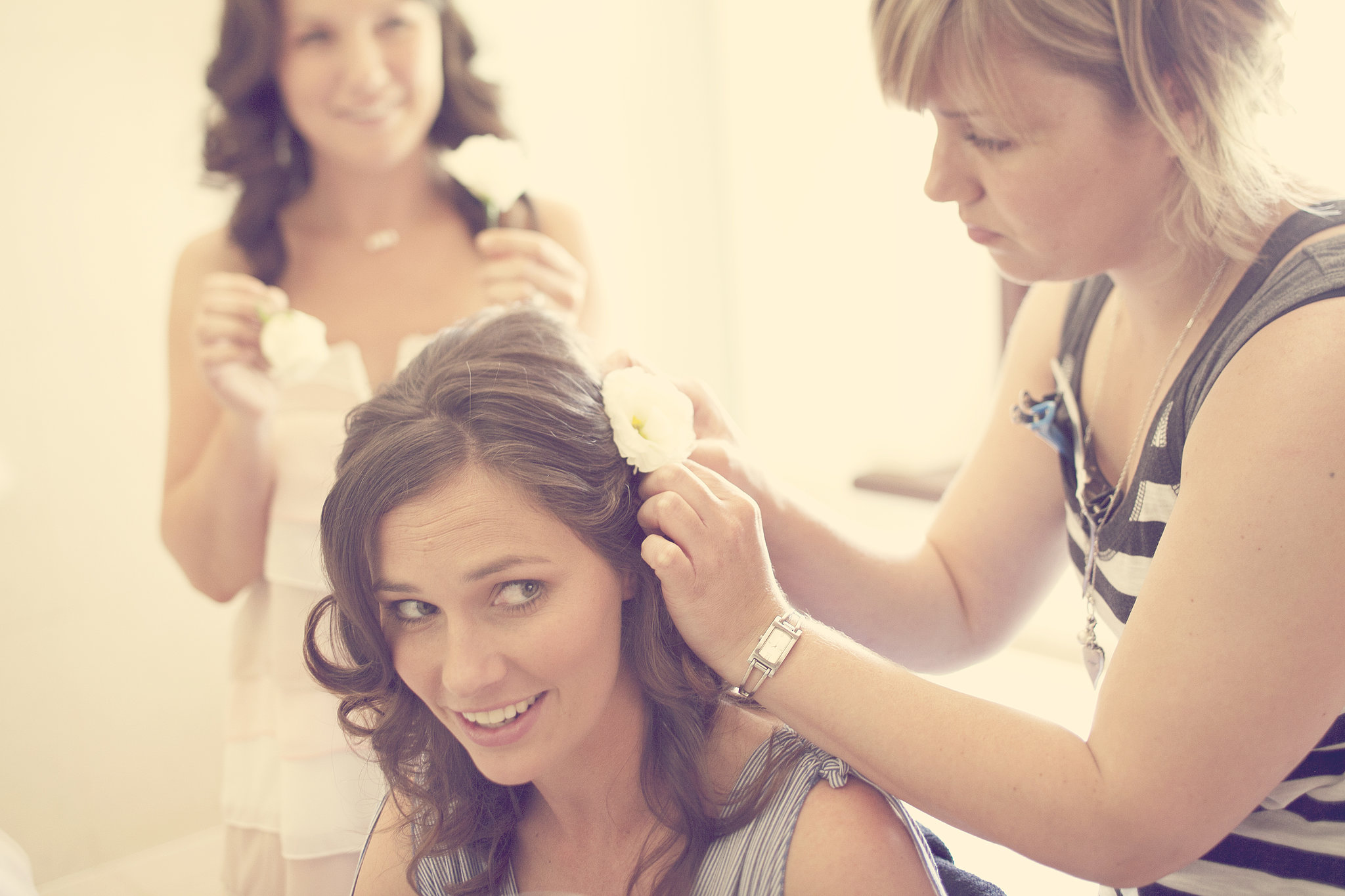behind--scenes-peek-bride-dressing-room-depicted-just