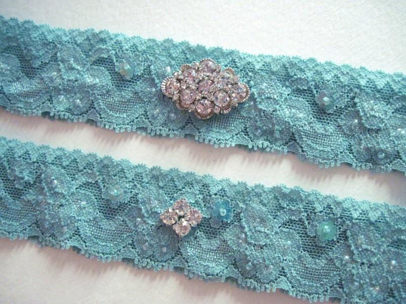 bridal-style-wedding-ideas-something-blue-etsy-turquoise-garter.original