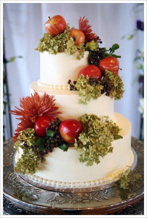 fall_theme_wedding_cake_5