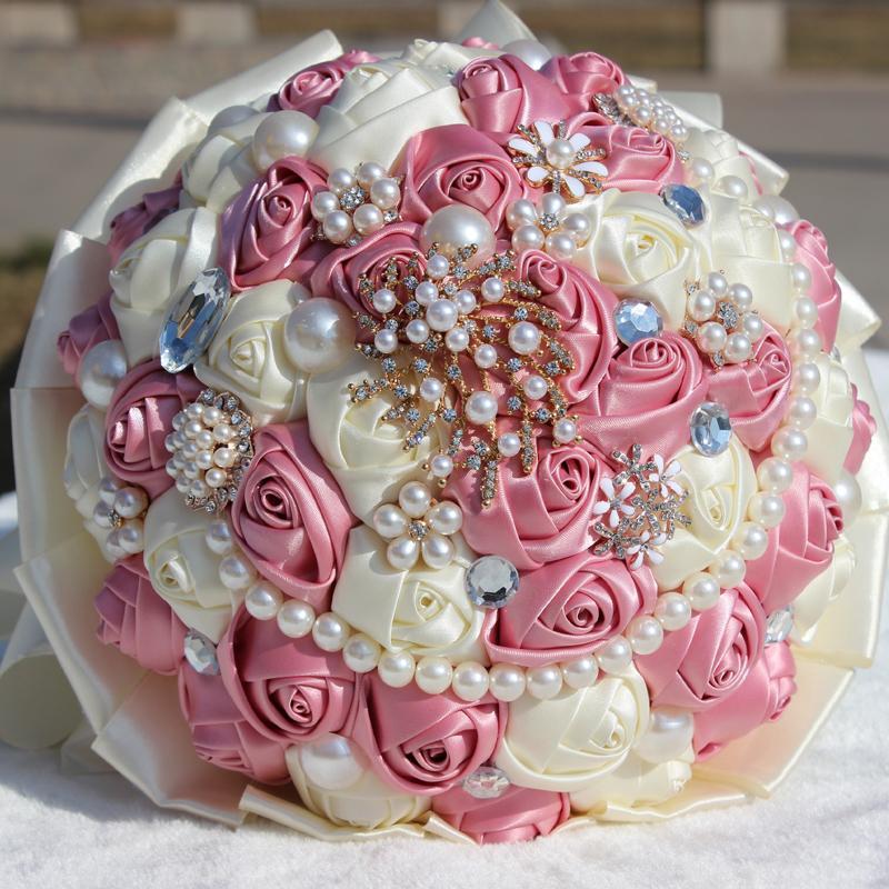 hand-bouquet-diamond-satin-ribbon-pearl-studio