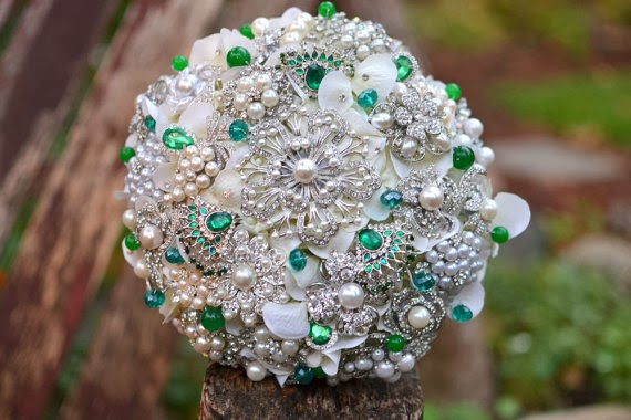 noaki emerald and pearl bouquet