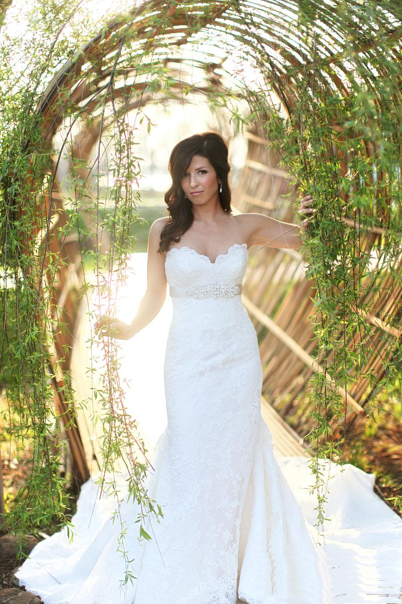 nwa_botanical_gardens_bridal_portrait