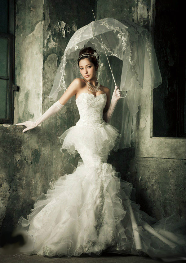 parasol_wedding_dress_gown