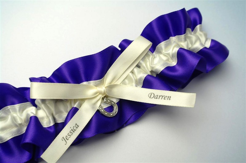 purple-wedding-garter