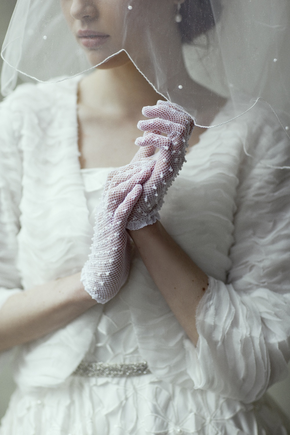 vintage-inspired-bridal-gloves.original