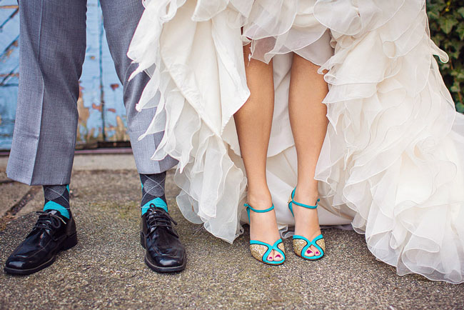 wedding-shoes-heels-gold-glitter-turquoise-teal