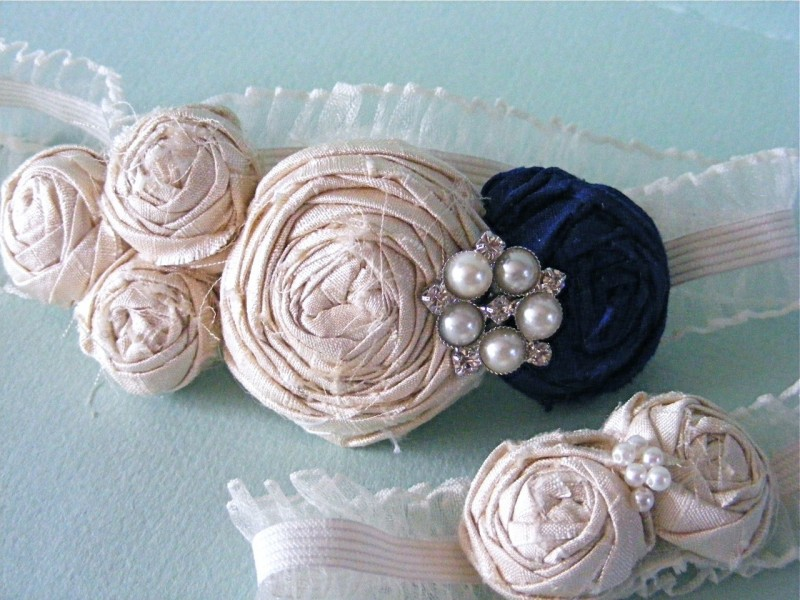 win-custom-bridal-garter-set-silk-pearls-vintage-inspired-wedding-accessories.original
