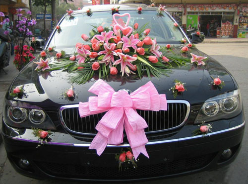 Wedding-Car-Decorations-ideas (1)